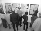 Návštěvníci si prohlížejí exponáty